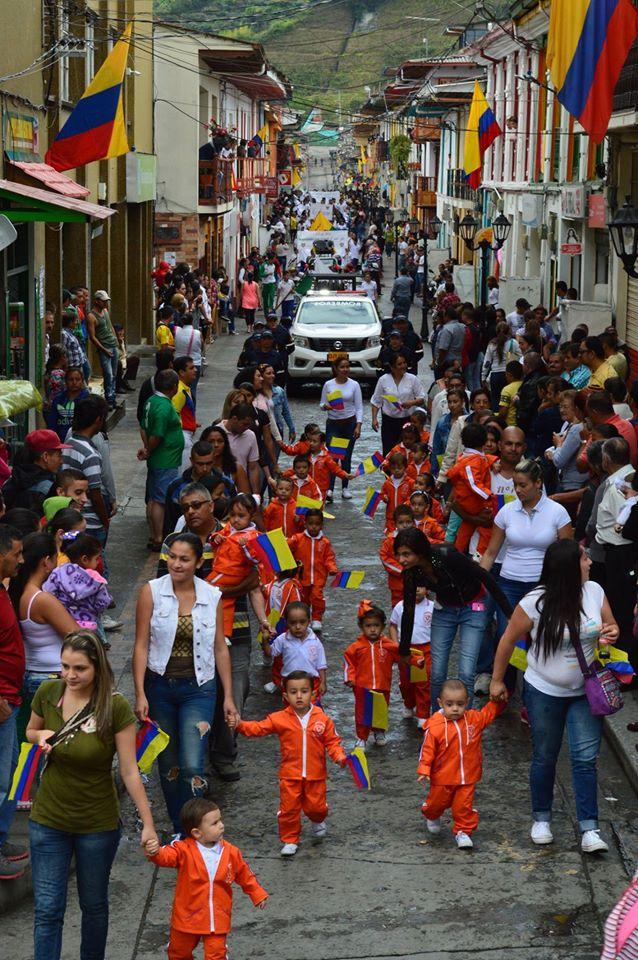 Neira Caldas celebra el 20071601