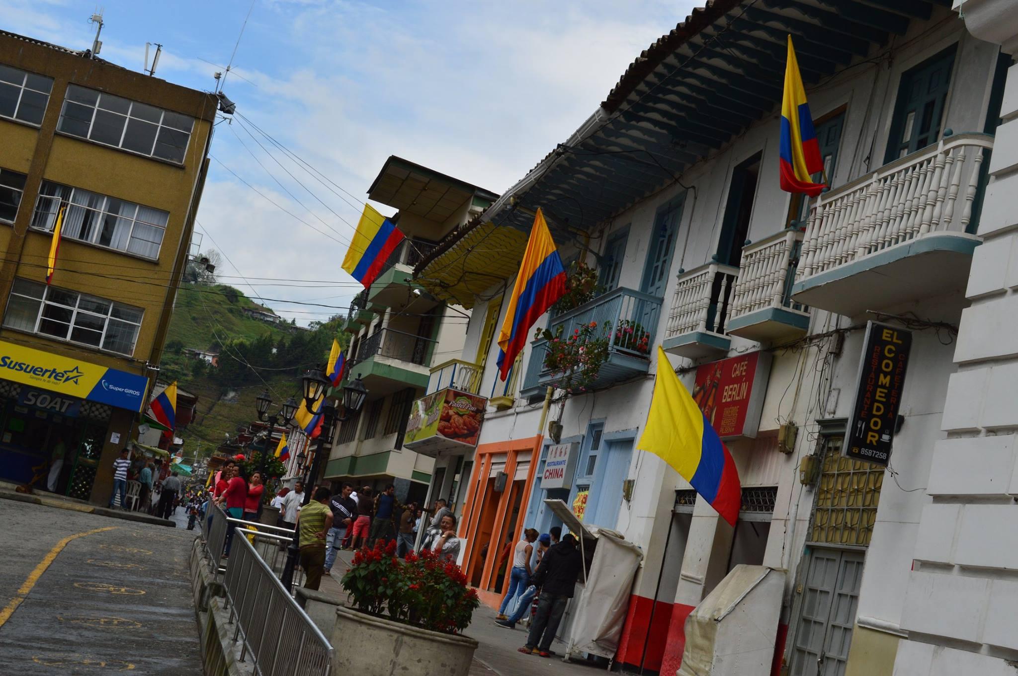 Neira Caldas celebra el 200716A