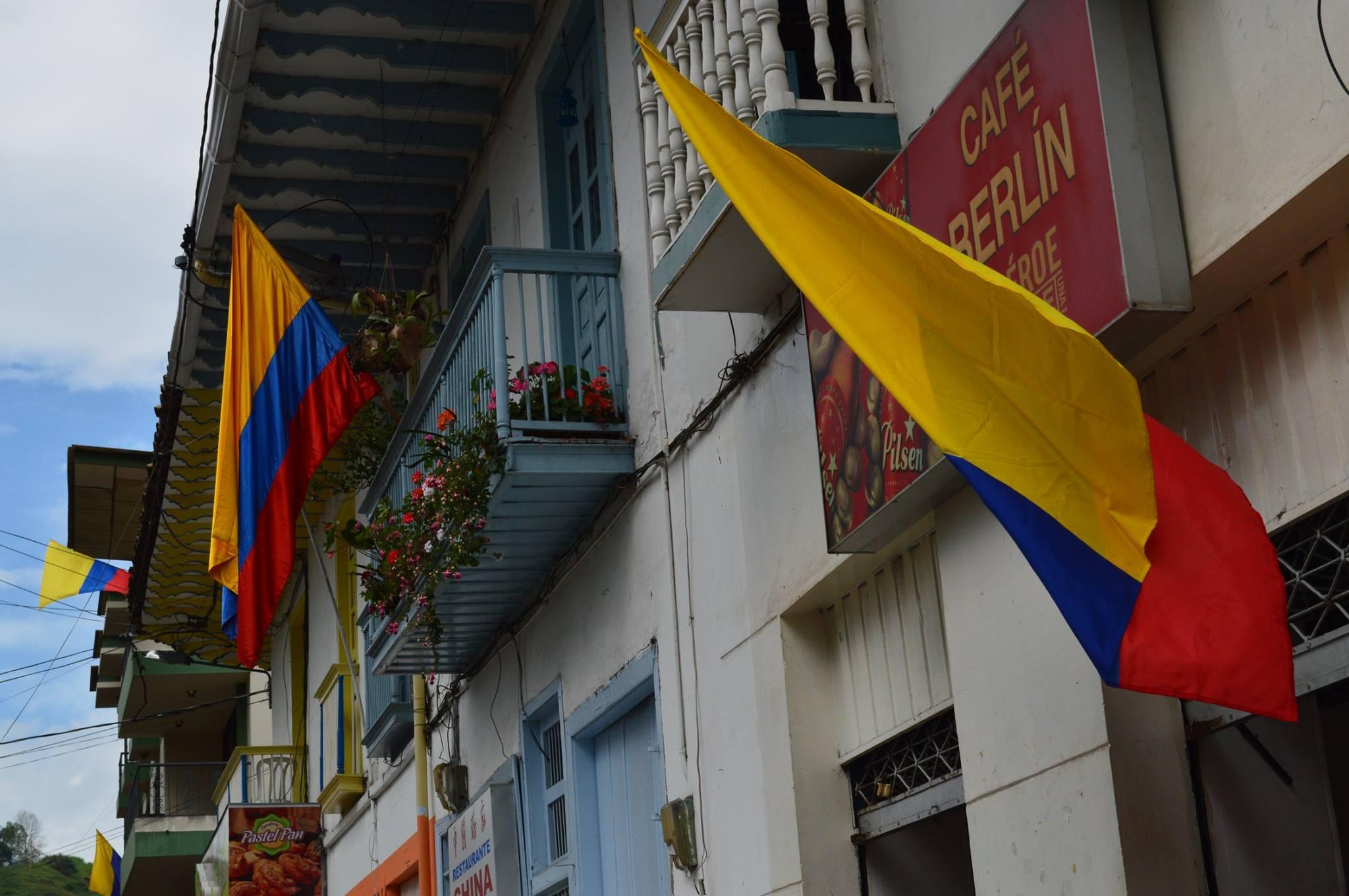 Neira Caldas celebra el 200716B