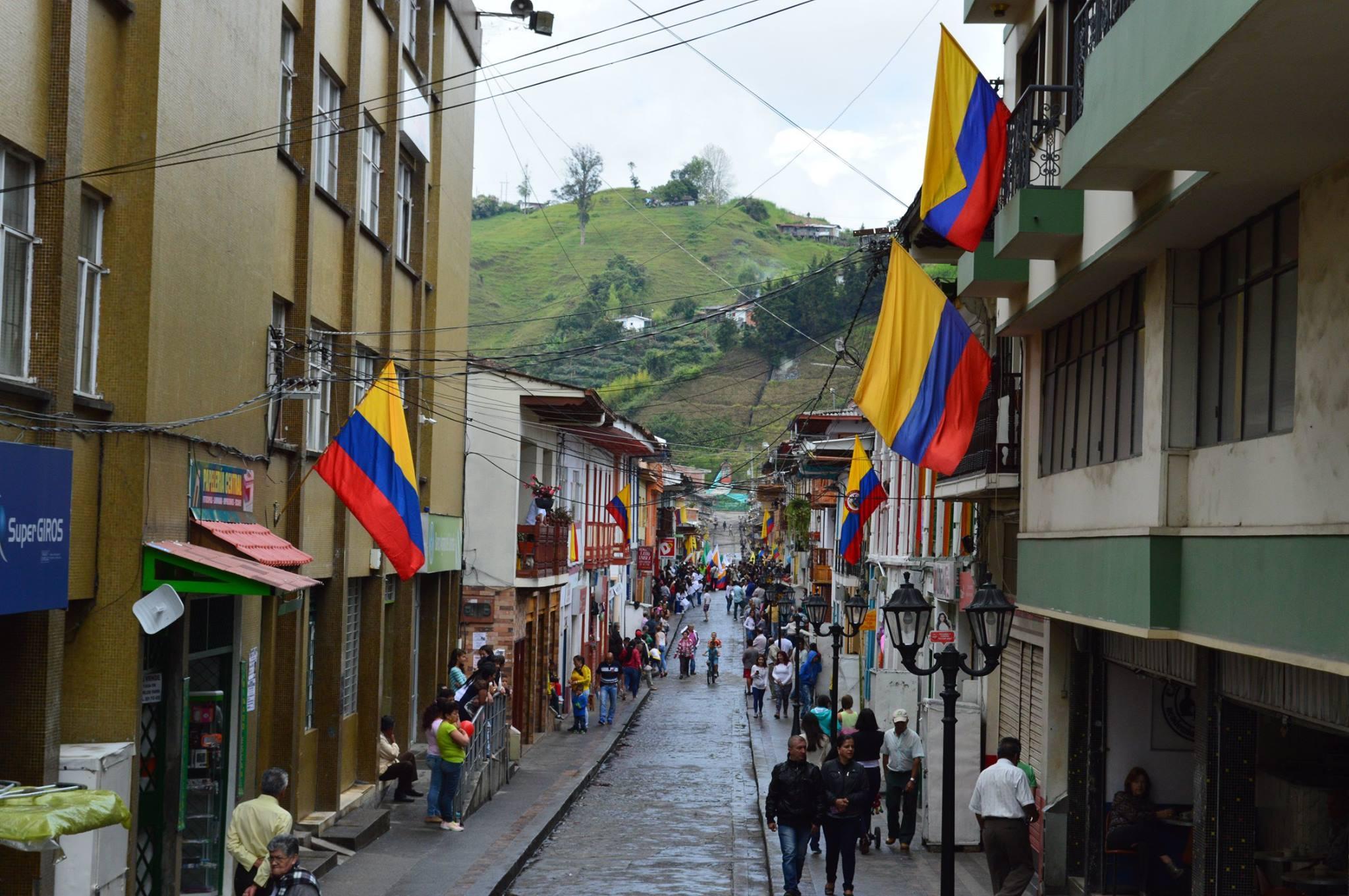 Neira Caldas celebra el 200716E