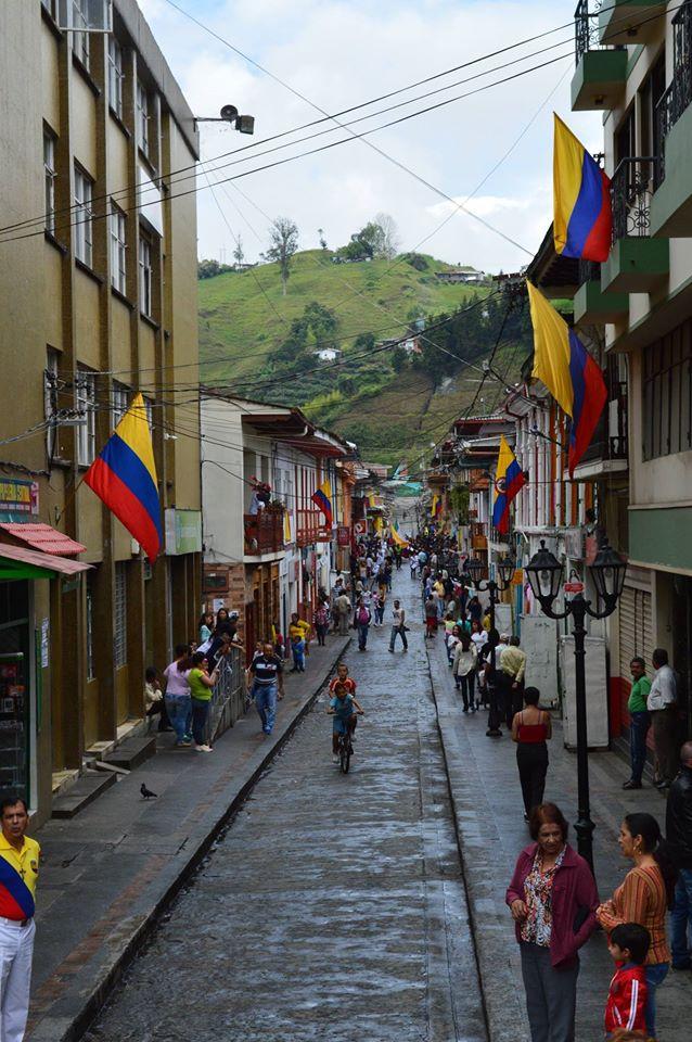 Neira Caldas celebra el 200716G