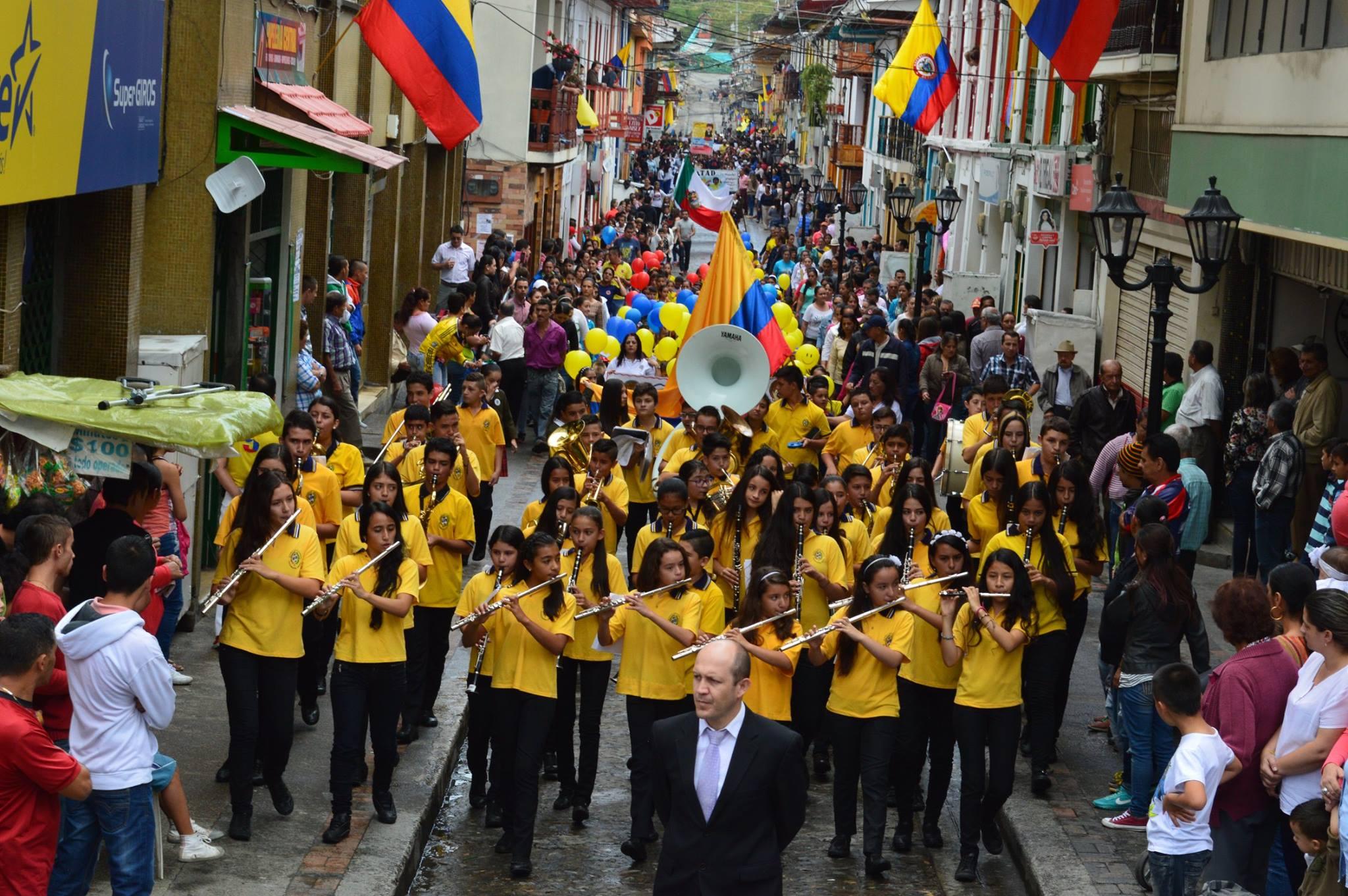 Neira Caldas celebra el 200716M