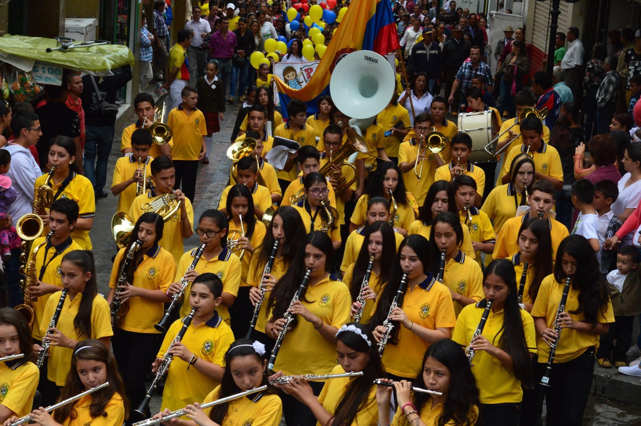 Neira Caldas celebra el 200716N
