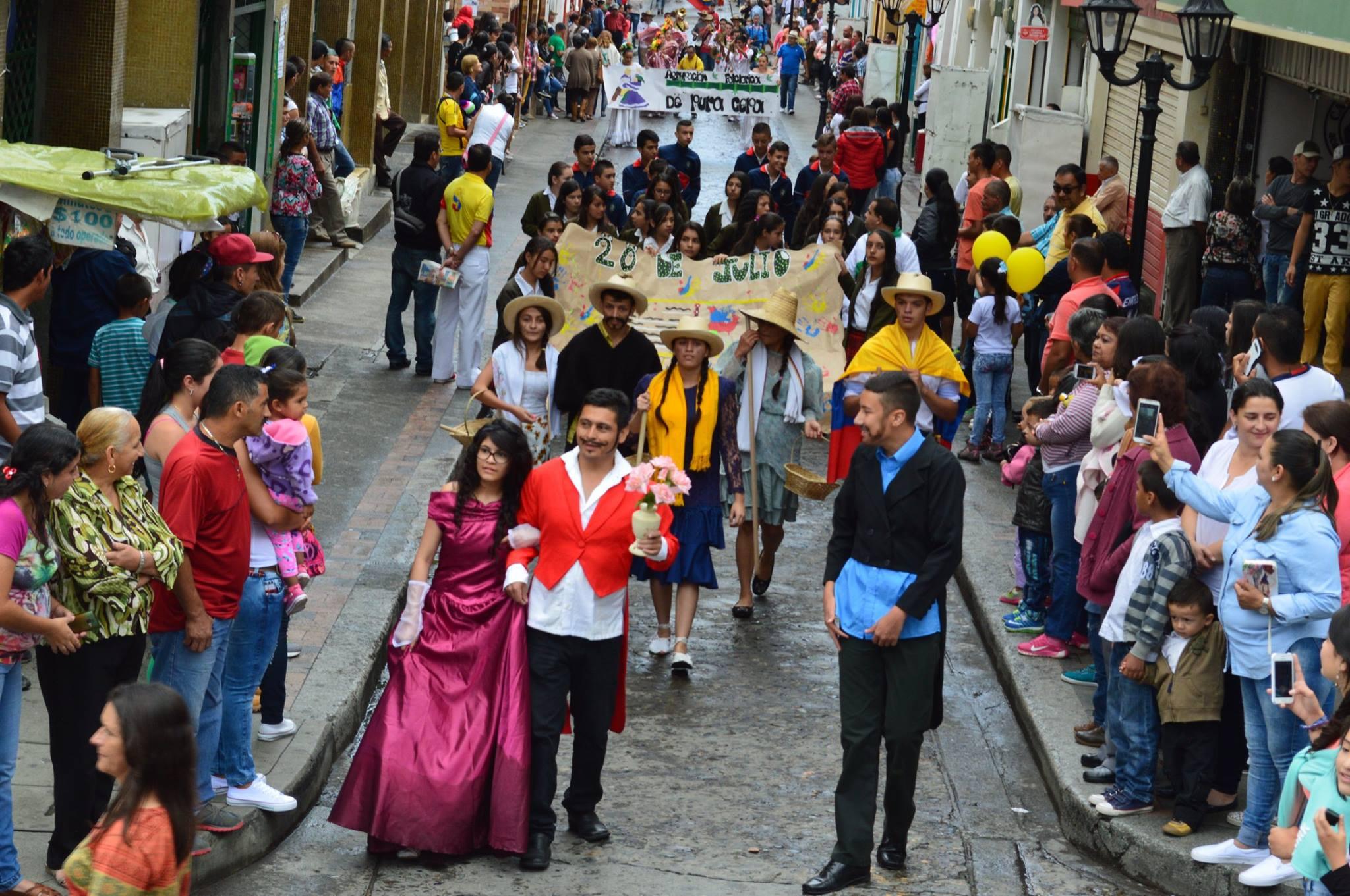 Neira Caldas celebra el 200716U