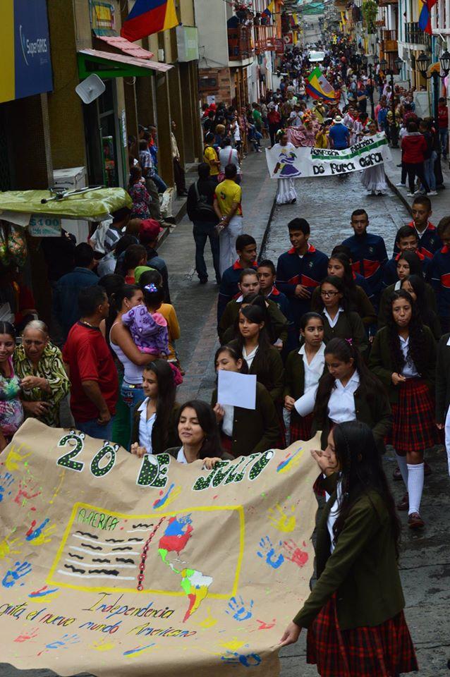 Neira Caldas celebra el 200716V