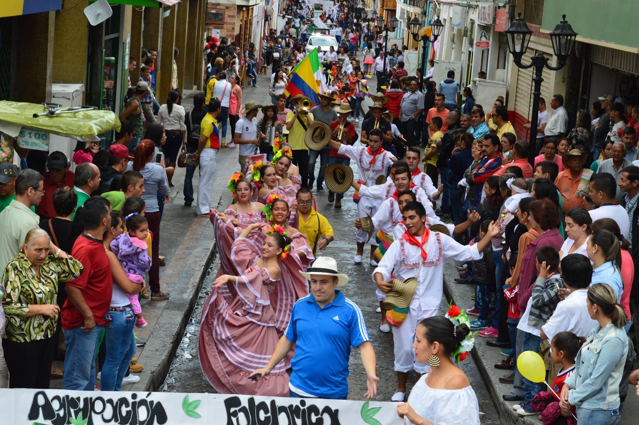 Neira Caldas celebra el 200716Y