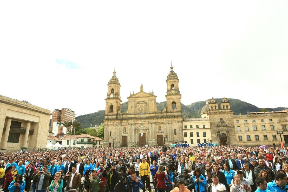 Peñalosa posesionó a más de 12.000 integrantes de las Juntas de Acción Comunal3