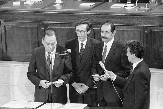 Promulgación de la Constitución Política de Colombia de 1991 B