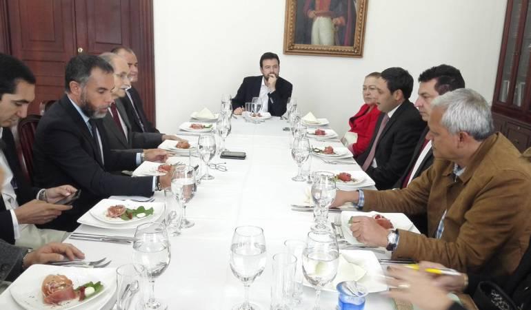 Se instaló el comité político de los partidos del Sí a la paz