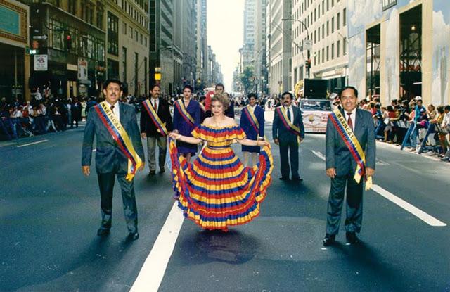 Por la Quinta Avenida de Nueva York, homenajeados como Mariscales de la Hispanidad. Foto: Archivo particular
