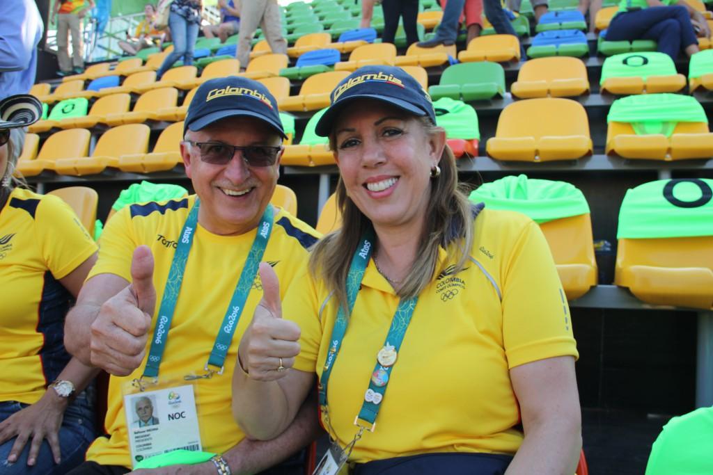 Baltazar Medina, presidente del COC, y Clara Luz Roldán, directora de Coldeportes, celebran el éxito alcanzado en Río 2016.