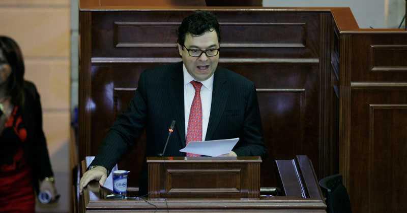 Carlos Negret, elegido nuevo defensor del Pueblo2