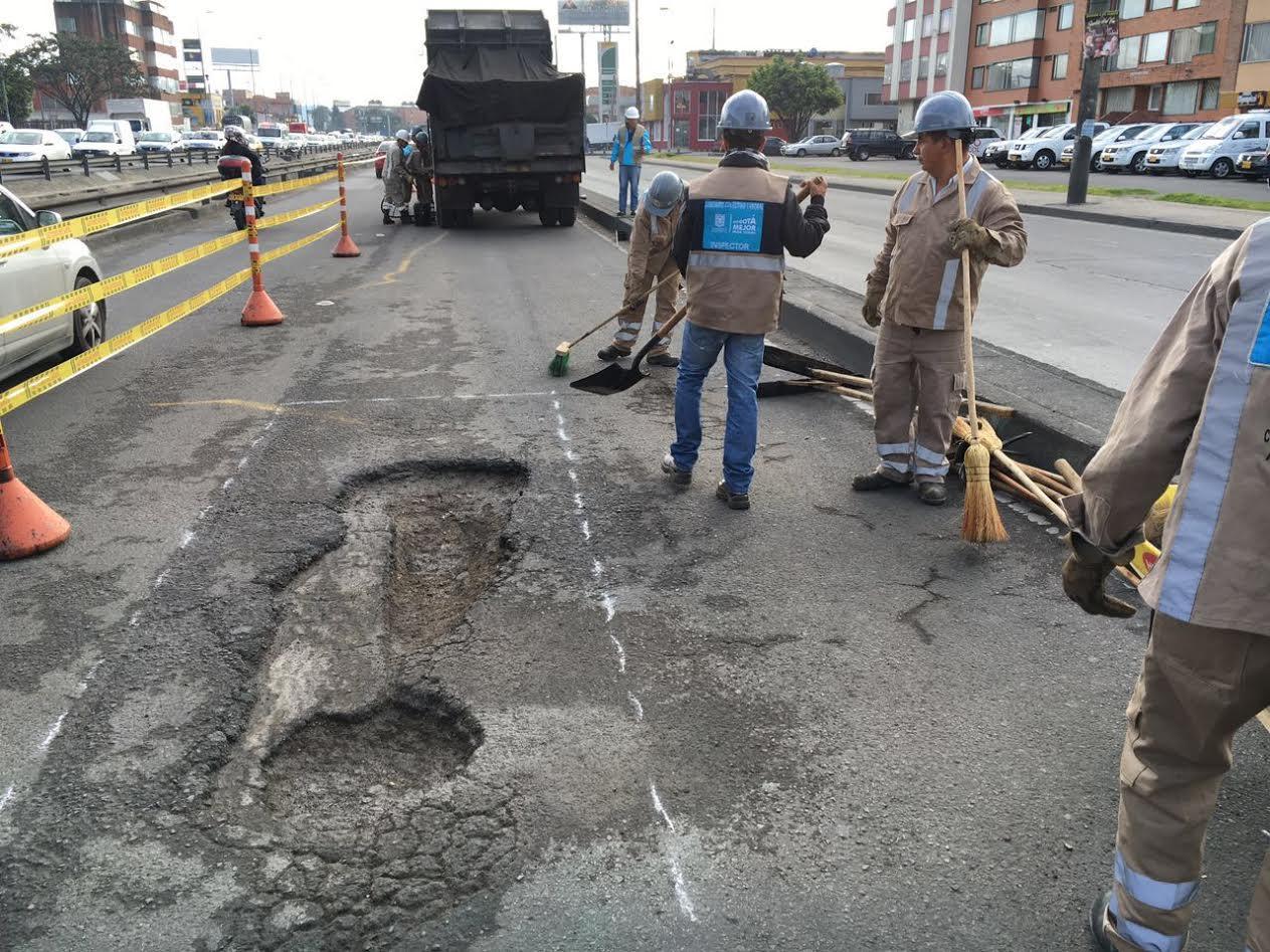 En tres meses se taparán todos los huecos de la avenida Boyacá4