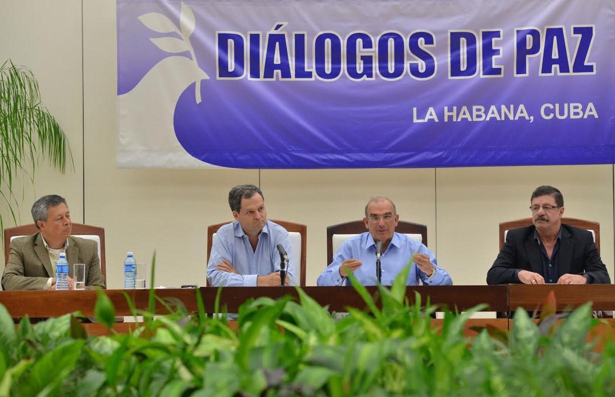 Gobierno y Farc anuncian acuerdo de protocolo para dejación de armas y cese al fuego bilateral