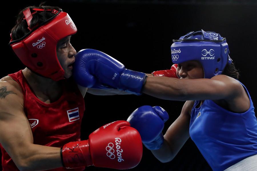 Ingrit Valencia aseguró medalla en boxeo2