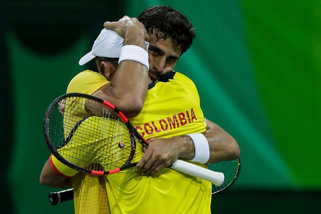 La primera sorpresa del tenis olímpico la brindaron los colombianos Farah y Cabal.