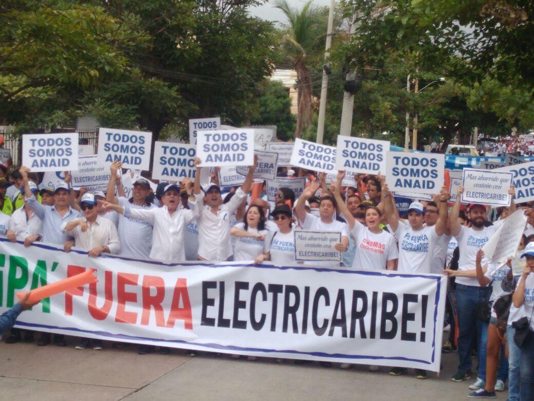 Más de 10 mil costeños marcharon exigiendo ¡Pa' fuera Electricaribe!2