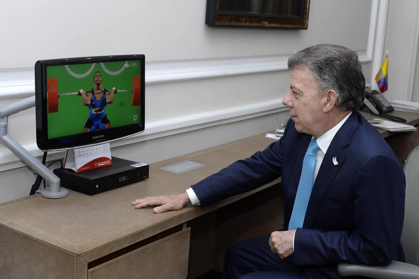 Presidente ve  logro de Oscar Figueroa