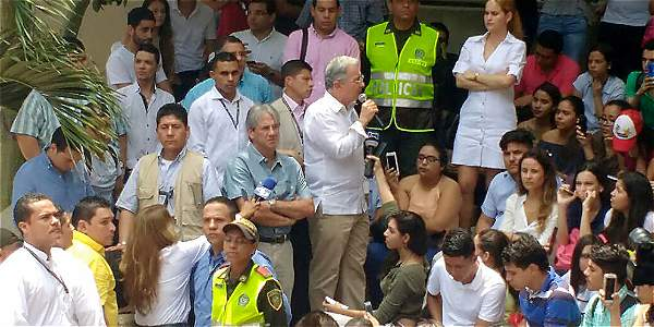 Protesta contra Uribe en Barranquilla