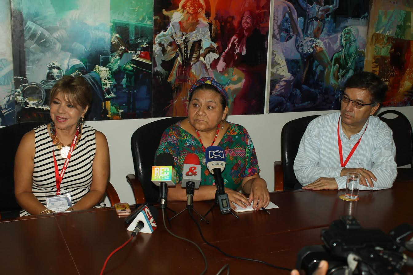 Rigoberta Menchú2