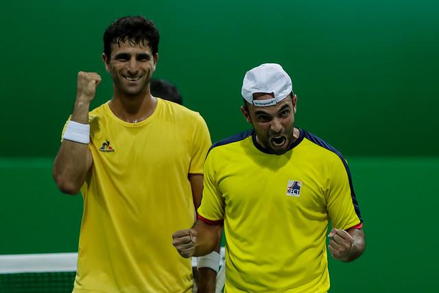 Robert Farah y Juan Sebastián Cabal, tras su primera victoria en el tenis olímpico