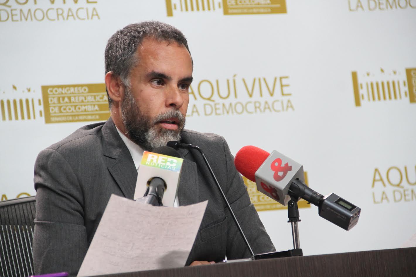 Rueda de Prensa Senador Armando Benedetti2