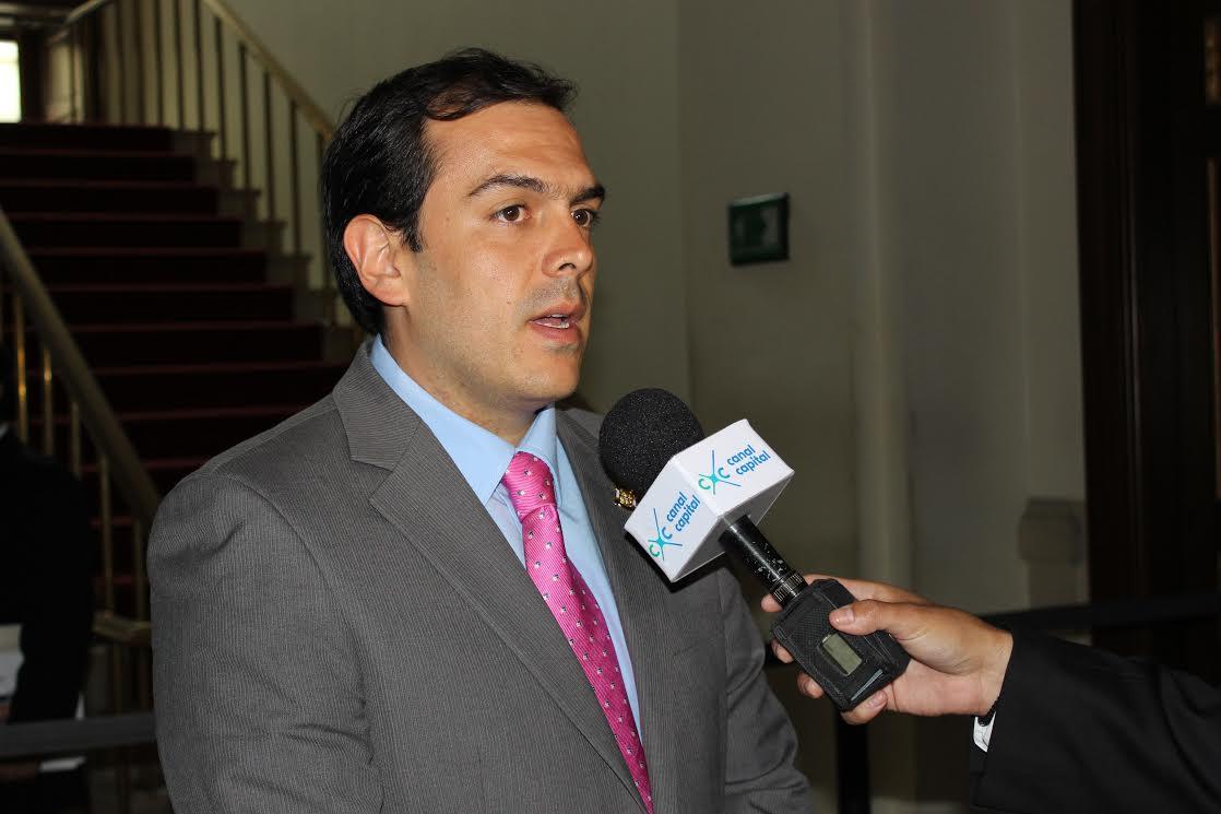 Santiago Valencia030816