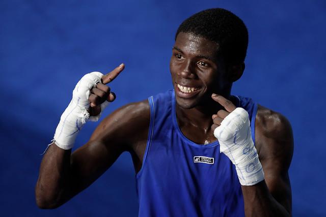 Yuberjen Martínez, oro o plata, en boxeo.