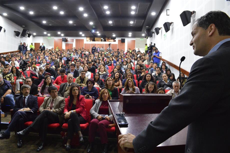 alto-comisionado-para-la-paz-con-universitarios