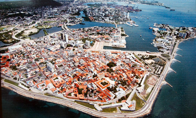 Cartagena_de_Indias_panorámica_aérea