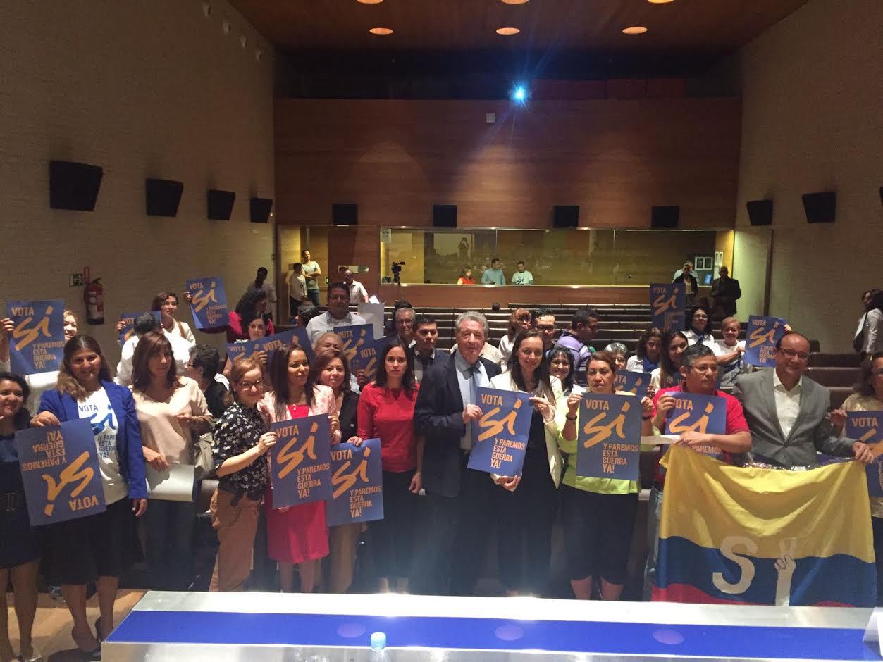 con-el-triunfo-del-si-vienen-nuevas-oportunidades-para-los-colombianos-en-el-exterior2