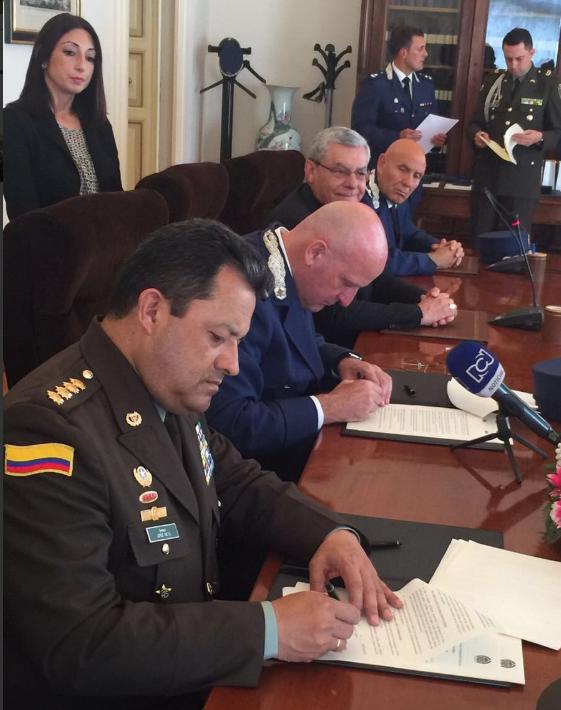 firmamos-historico-acuerdo-de-cooperacion-bilateral-con-gendarmeria-vaticana-contra-crimen-organizado-trasnacional