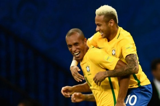 Neymar le da la ventaja a Brasil en Manaos