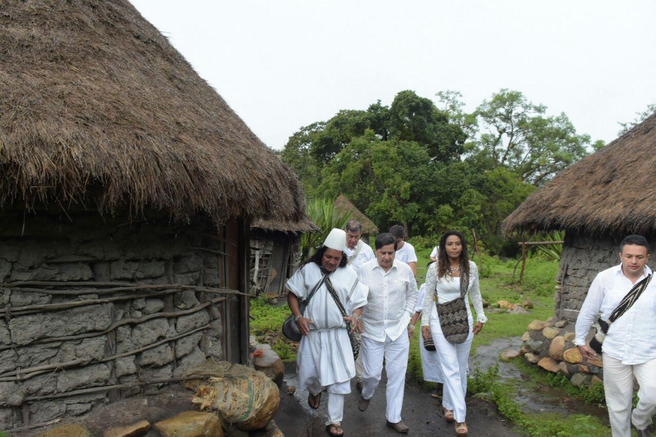 pueblo-arhuaco-dice-si-a-la-paz-y-al-plebiscito3