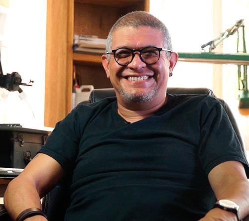El periodista mexicano Rafael Pineda, de Pie de Página, concursa con el cortometraje documental animado 'Soy el número 16'. Foto: Premo Gabo
