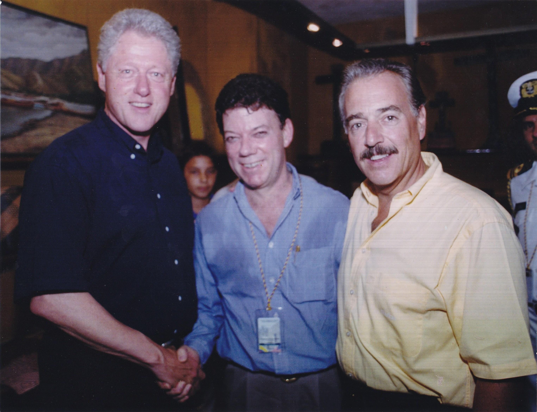14-2001-plan-colombia-con-bill-clinton-y-andres-pastrana