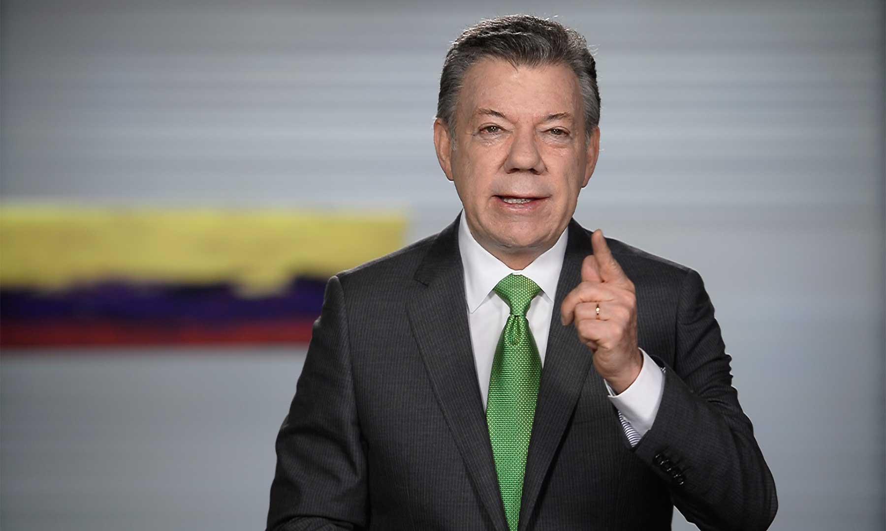 Colombianos, voy a cumplir el mandato ciudadano de las elecciones presidenciales de hace dos años y el expresado con el Premio Nobel por la comunidad internacional, dijo el Jefe del Estado al país en alocución televisada.