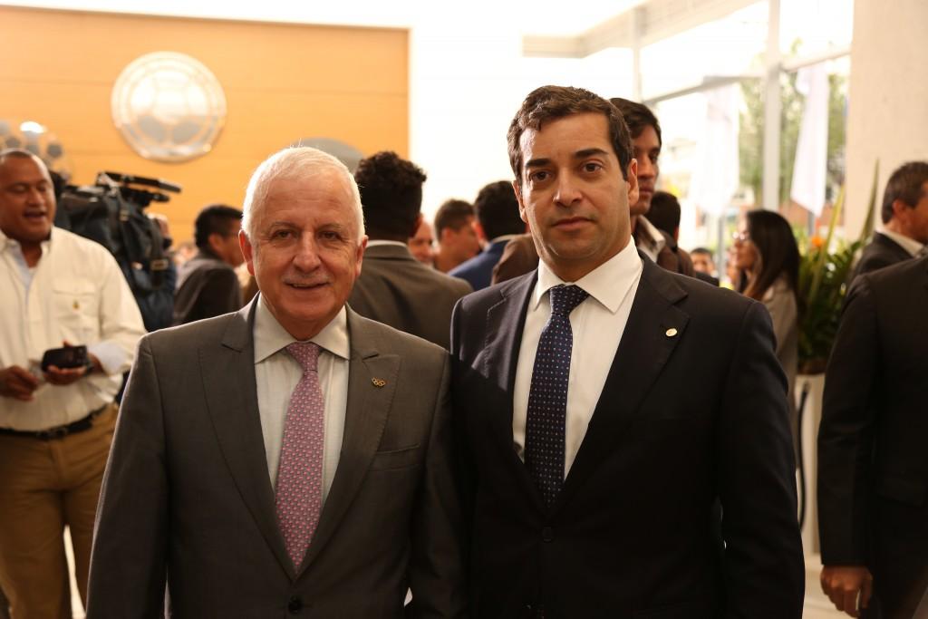 Baltazar Medina, presidente del COC y Afranio Restrepo, subdirector de Coldeportes.