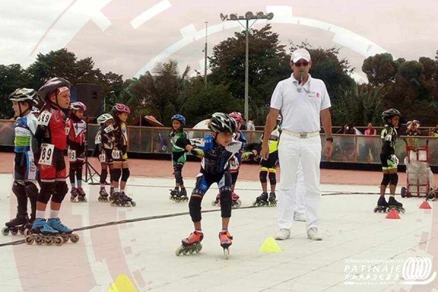 bogota-realiza-el-festival-menores-de-patinaje-carreras