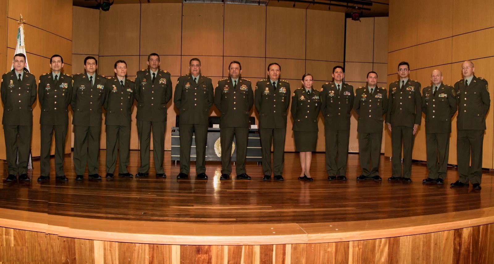 cumbre-de-generales-evaluo-a-54-coroneles