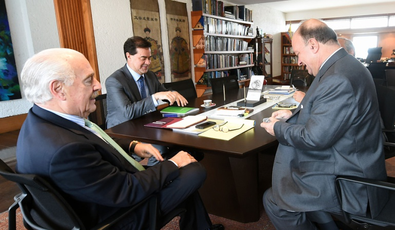 El equipo de trabajo del ex presidente entregó 15 páginas de propuestas rescatando gran parte de lo pactado en Cuba.