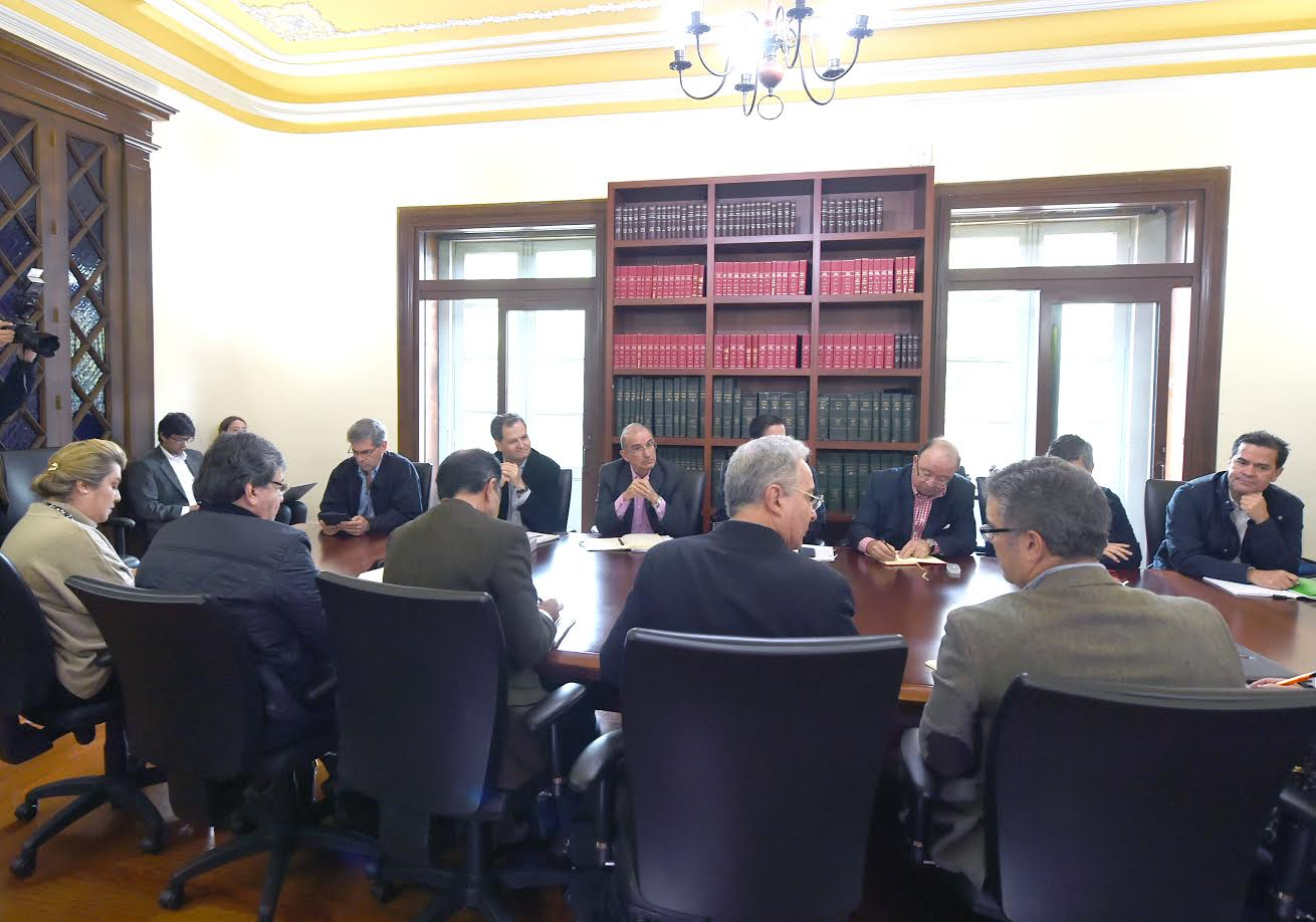 reunion-miinterior-gobierno-delegados-acuerdos-habana-voceros-del-no2