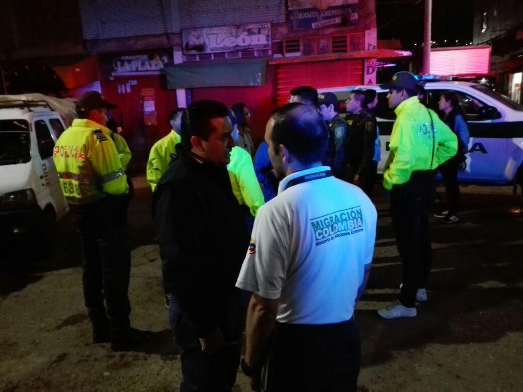21-venezolanos-deportados-por-adelantar-actividades-comerciales-no-autorizadas-en-el-eje-cafetero