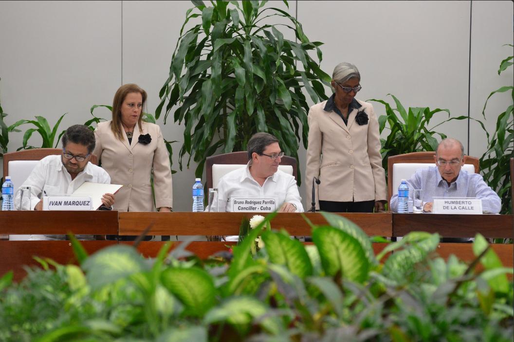 a-esta-hora-los-colombianos-pueden-leer-el-texto-completo-del-nuevo-acuerdo-de-paz