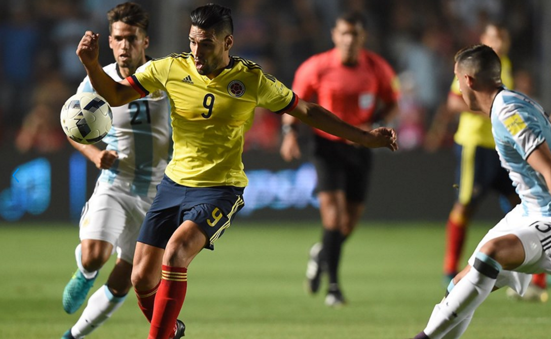 argentina-goleo-a-colombia-151116d