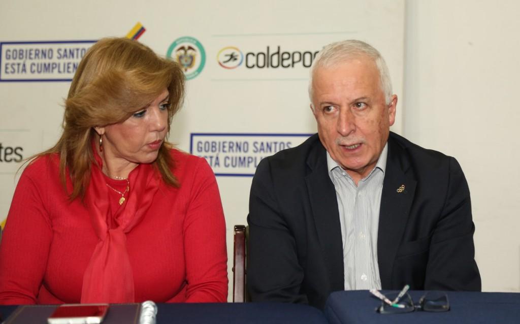 Clara Luz Roldán, directora de Coldeportes y Baltazar Medina, presidente del COC, encabezaron la reunión.