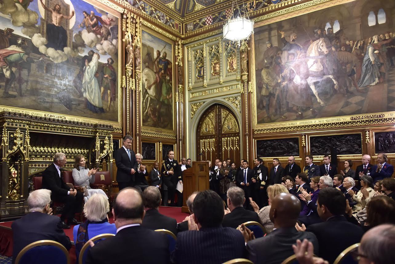 el-presidente-juan-manuel-santos-recibio-el-apoyo-unanime-del-parlamento-britanico