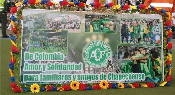 homenaje-colombiano-a-las-victimas-del-chapecoense2
