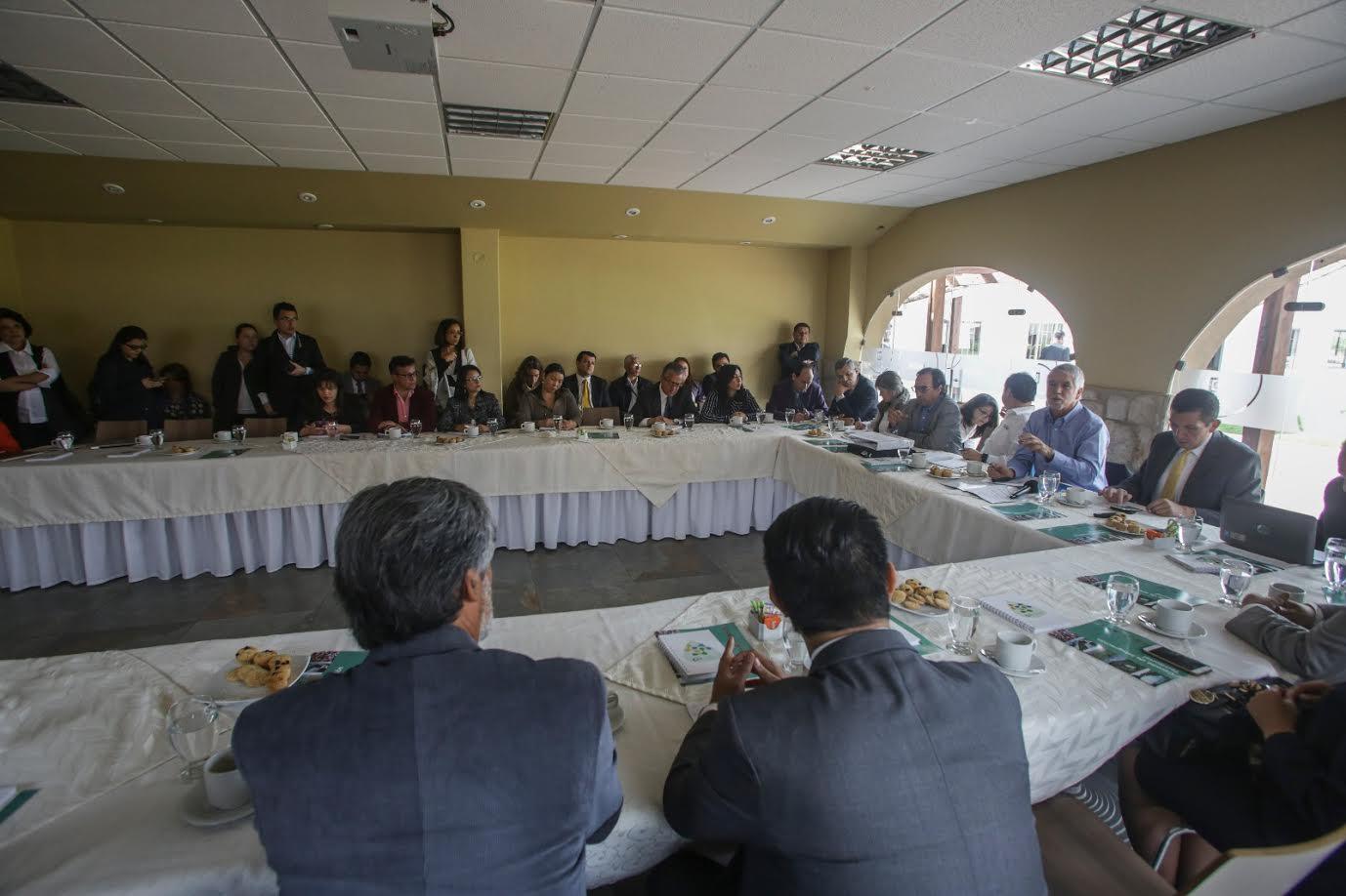 municipios-de-la-sabana-respaldan-proyectos-del-alcalde-penalosa2