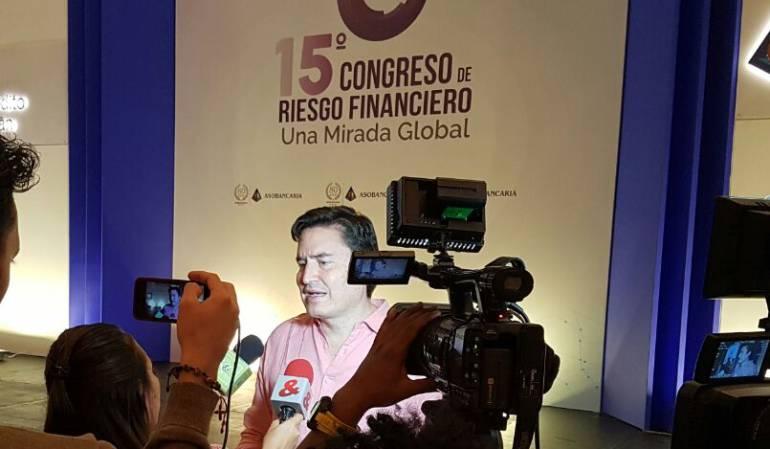 presidente-de-asobancaria-santiago-castro